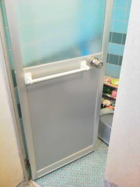 浴室ドアノブ交換ガラス修理交換後