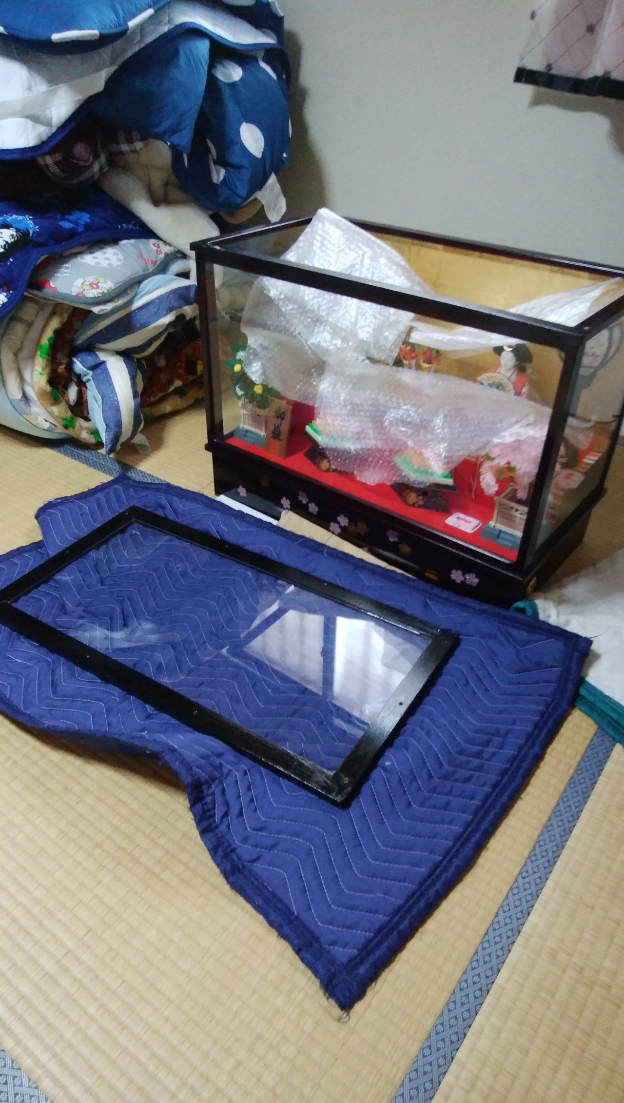 ひな人形ケースのガラス交換
